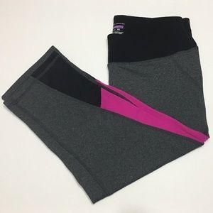 NEW Tek Gear Shapewear Capri Leggings- Magenta